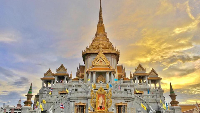 temple-of-the-golden-buddha-wat-traimit-bangkok-must-visit-tourist-attractions-review-54-760×432